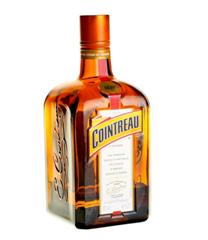 Cointreau with FotoCube Shooting Table